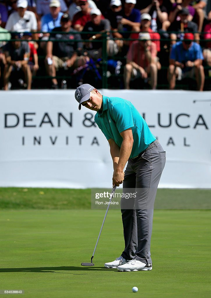 <a gi-track='captionPersonalityLinkClicked' href=/galleries/search?phrase=Jordan+Spieth&family=editorial&specificpeople=5440480 ng-click='$event.stopPropagation()'>Jordan Spieth</a> putts for birdie on the ninth green during the First Round of the DEAN & DELUCA Invitational at Colonial Country Club on May 26, 2016 in Fort Worth, Texas.