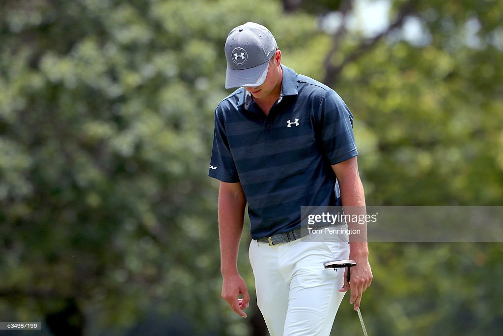 <a gi-track='captionPersonalityLinkClicked' href=/galleries/search?phrase=Jordan+Spieth&family=editorial&specificpeople=5440480 ng-click='$event.stopPropagation()'>Jordan Spieth</a> reacts on the second green during the Third Round of the DEAN & DELUCA Invitational at Colonial Country Club on May 28, 2016 in Fort Worth, Texas.