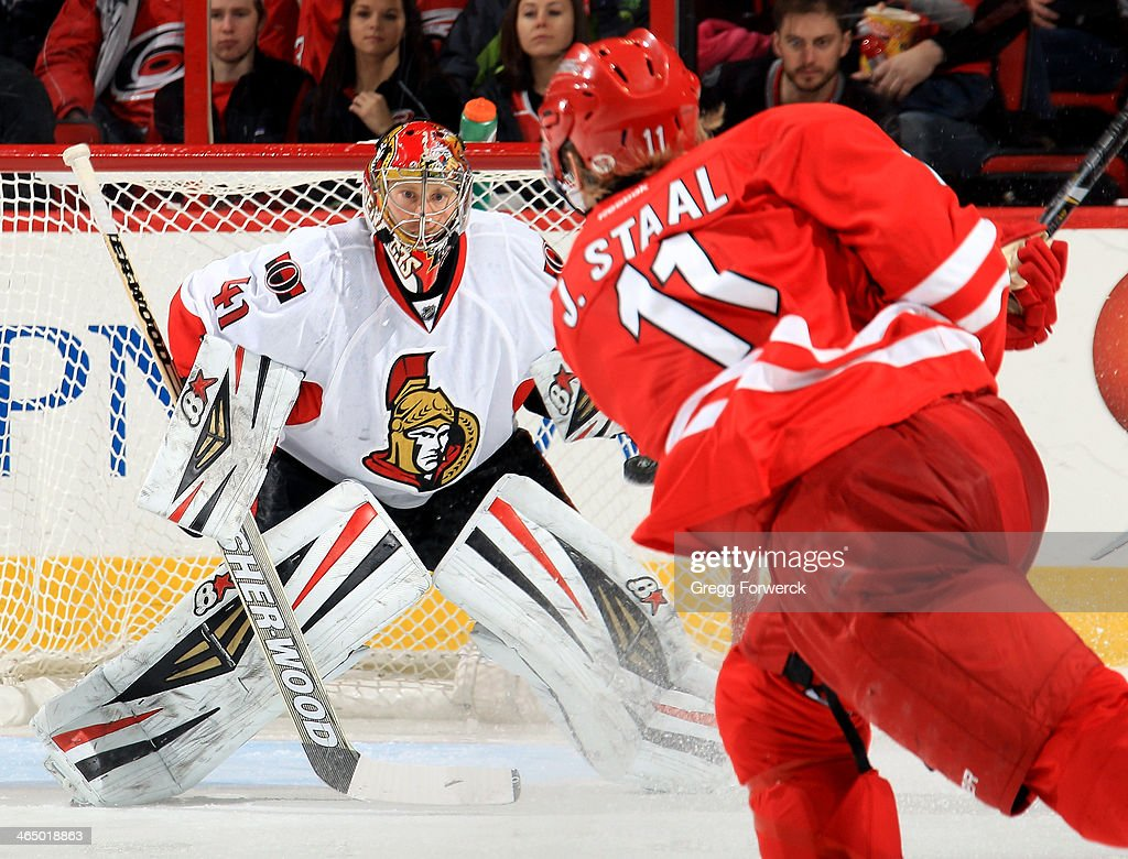 Ottawa Senators v Carolina Hurricanes