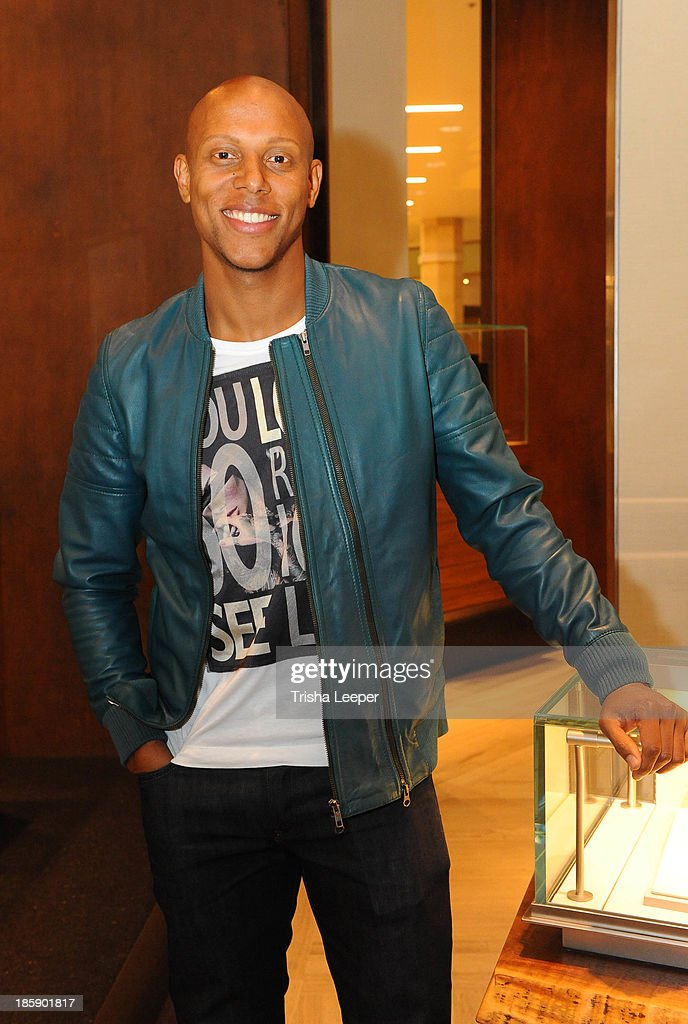 <a gi-track='captionPersonalityLinkClicked' href=/galleries/search?phrase=Jordan+Stewart&family=editorial&specificpeople=239057 ng-click='$event.stopPropagation()'>Jordan Stewart</a> attends the David Yurman Launch of The Meteorite Collection With Kent Bazemore at Westfield Valley Fair on October 25, 2013 in Santa Clara, California.