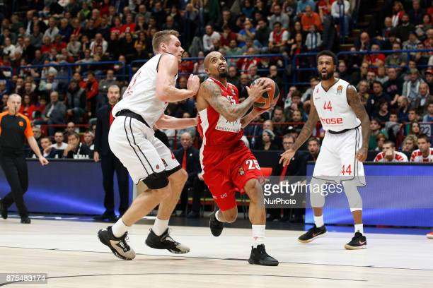 Jordan Theodore drives to the basket during a game of Turkish Airlines EuroLeague basketball between AX Armani Exchange Milan vs Brose Bamberg at...