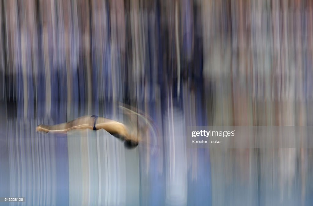 Jordan Windle competes in the Men's 10m Platform final during day 9 of the 2016 U.S. Olympic Team Trials for diving at Indiana University Natatorium on June 26, 2016 in Indianapolis, Indiana.