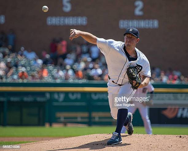 Jordan Zimmermann of the Detroit Tigers pitches in the first inning during a MLB game against the Chicago White Sox at Comerica Park on August 4 2016...