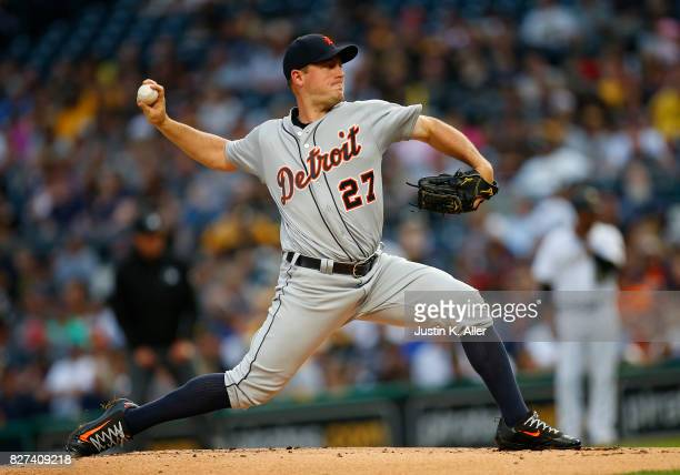 Jordan Zimmermann of the Detroit Tigers pitches in the first inning against the Pittsburgh Pirates during interleague play at PNC Park on August 7...