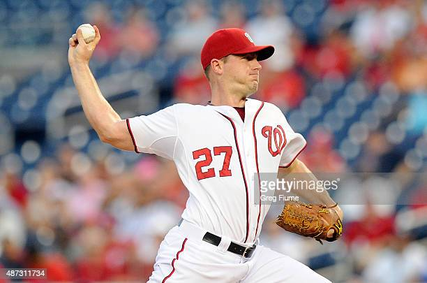 Jordan Zimmermann of the Washington Nationals pitches in the first inning against the New York Mets at Nationals Park on September 8 2015 in...