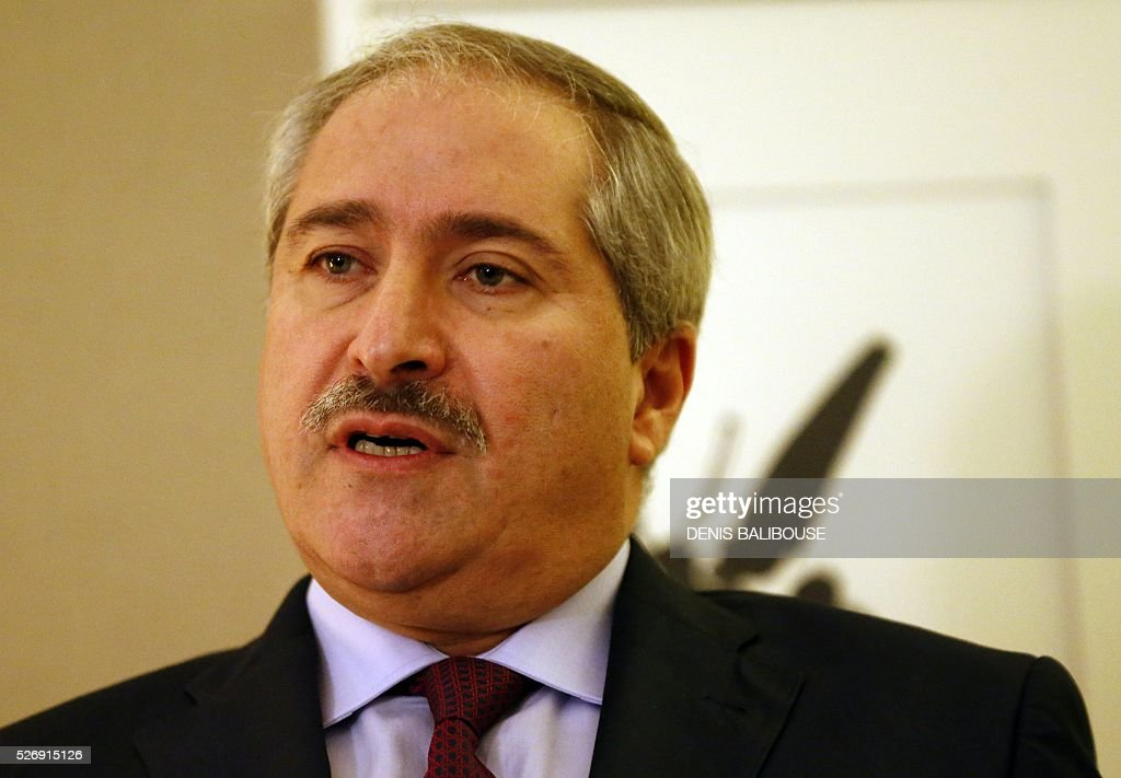 Jordanian Foreign Minister Nasser Judeh addresses medias following his meeting with US secretary of State on Syria in Geneva, on May 1, 2016. / AFP / POOL / DENIS