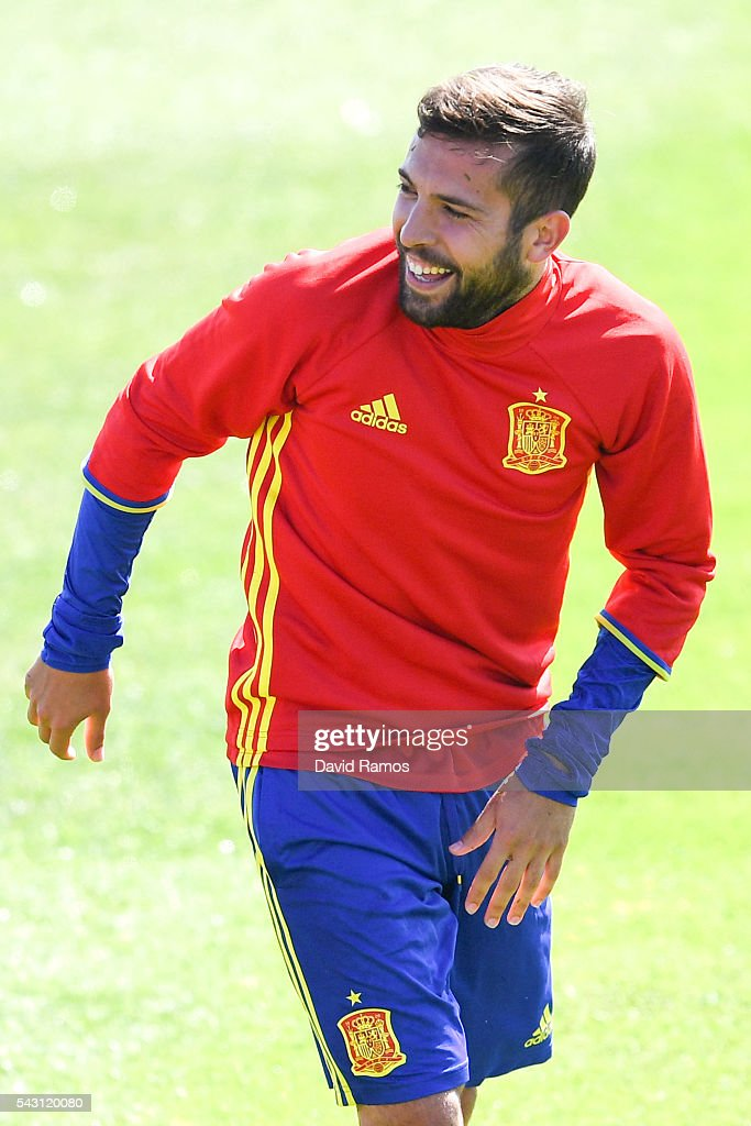 <a gi-track='captionPersonalityLinkClicked' href=/galleries/search?phrase=Jordi+Alba&family=editorial&specificpeople=5437949 ng-click='$event.stopPropagation()'>Jordi Alba</a> of Spain reacts during a training session ahead of their UEFA Euro 2016 round of 16 match against Italy at Complexe Sportif Marcel Gaillard on June 26, 2016 in La Rochelle, France.
