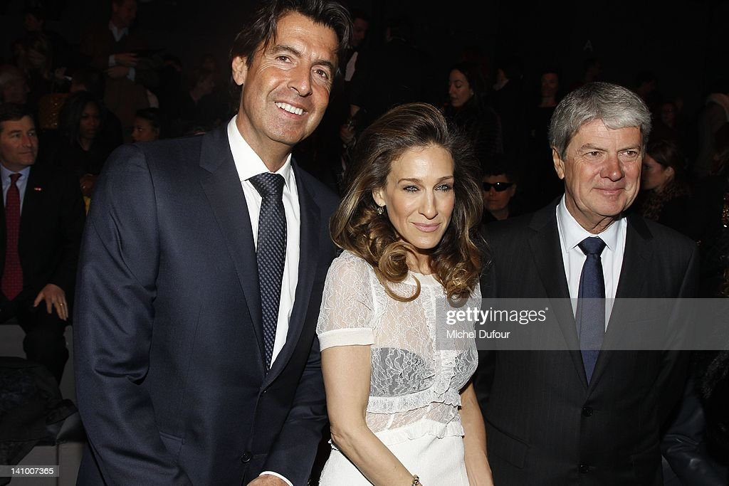Jordi Constans Sarah Jessica Parker and Yves Carcelle attend the Louis Vuitton ReadyToWear Fall/Winter 2012 show as part of Paris Fashion Week on...