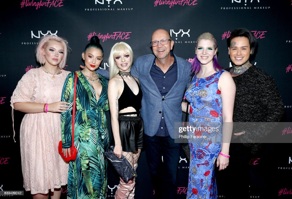 Jordi Dreher, ashghotcakess, Kimberley Margarita, Clarisonic's Co-founder and VP of Clinical Affairs Dr. Robb Akridge, Megan Walter and Henry Vasquez at the FACE Awards International Welcome Party at Andaz Hotel on August 16, 2017 in Los Angeles, California.