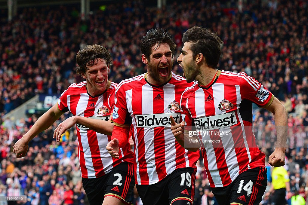 Jordi Gomez (R) of Sunderland celebrates his penalty with Danny Graham (C) and Billy Jones during the Barclays Premier League match between Sunderland and Southampton at Stadium of Light on May 2, 2015 in Sunderland, England.