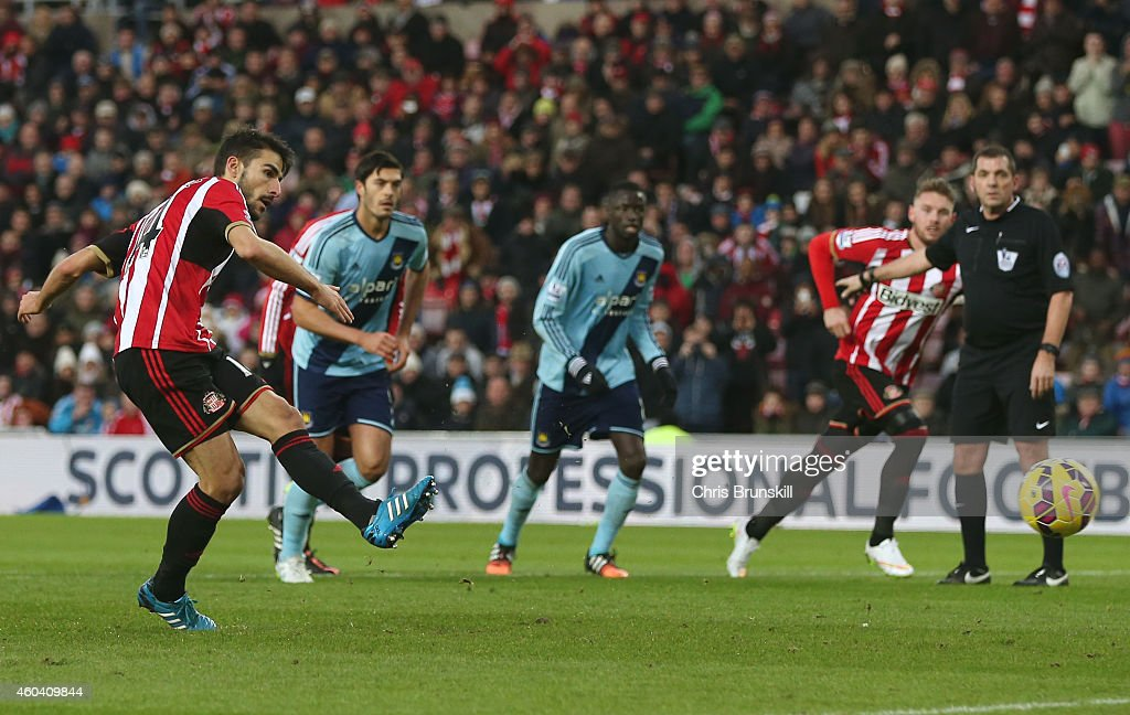 Jordi Gomez #14 of Sunderland scores the opening goal from the penalty spot during the Barclays Premier League match between Sunderland and West Ham United at Stadium of Light on December 13, 2014 in Sunderland, England.