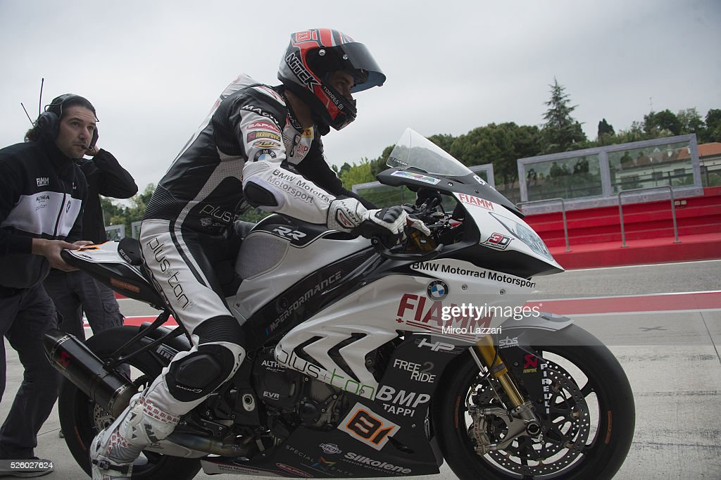 <a gi-track='captionPersonalityLinkClicked' href=/galleries/search?phrase=Jordi+Torres&family=editorial&specificpeople=7852325 ng-click='$event.stopPropagation()'>Jordi Torres</a> of Spain and Althea BMW Racing Team starts from box during the World Superbikes - Practice at Enzo & Dino Ferrari Circuit on April 29, 2016 in Imola, Italy.