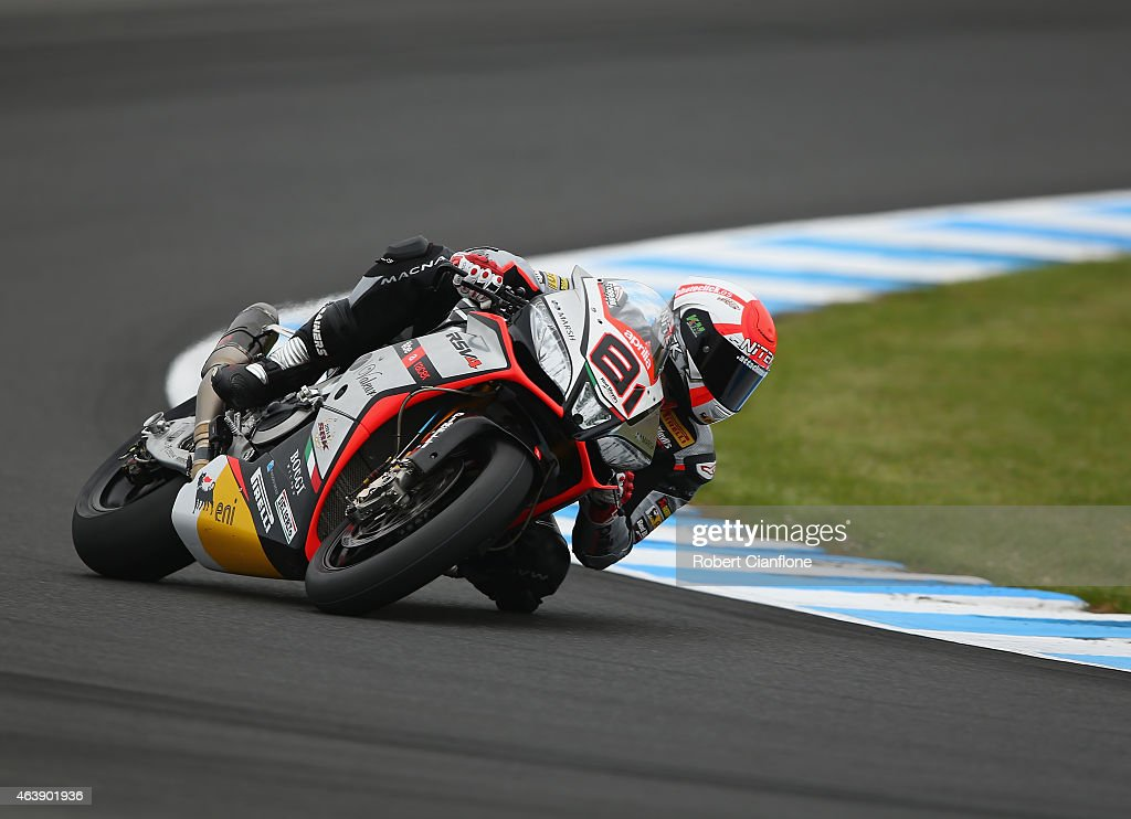 <a gi-track='captionPersonalityLinkClicked' href=/galleries/search?phrase=Jordi+Torres&family=editorial&specificpeople=7852325 ng-click='$event.stopPropagation()'>Jordi Torres</a> of Spain rides the #81 Aprilia Racing Team Red Devils Aprilia RSV4 RF during the practice session for the World Superbikes World Championship Australian Round at Phillip Island Grand Prix Circuit on February 20, 2015 in Phillip Island, Australia.