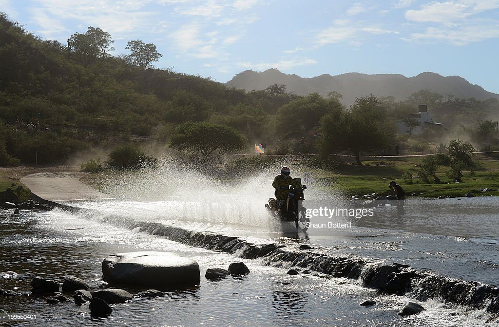 Jordi Viladoms of team Husqvarna competes in stage 10 from Cordoba to La Rioja during the 2013 Dakar Rally on January 15, 2013 in Cordoba, Argentina.