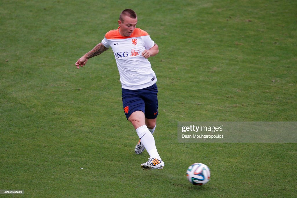 <a gi-track='captionPersonalityLinkClicked' href=/galleries/search?phrase=Jordy+Clasie&family=editorial&specificpeople=7012011 ng-click='$event.stopPropagation()'>Jordy Clasie</a> in action during the Netherlands training session at the 2014 FIFA World Cup Brazil held at the Estadio Jose Bastos Padilha Gavea on June 10, 2014 in Rio de Janeiro, Brazil.