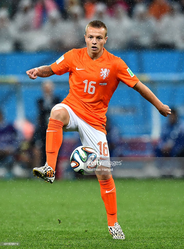 <a gi-track='captionPersonalityLinkClicked' href=/galleries/search?phrase=Jordy+Clasie&family=editorial&specificpeople=7012011 ng-click='$event.stopPropagation()'>Jordy Clasie</a> of the Netherlands controls the ball during the 2014 FIFA World Cup Brazil Semi Final match between the Netherlands and Argentina at Arena de Sao Paulo on July 9, 2014 in Sao Paulo, Brazil.