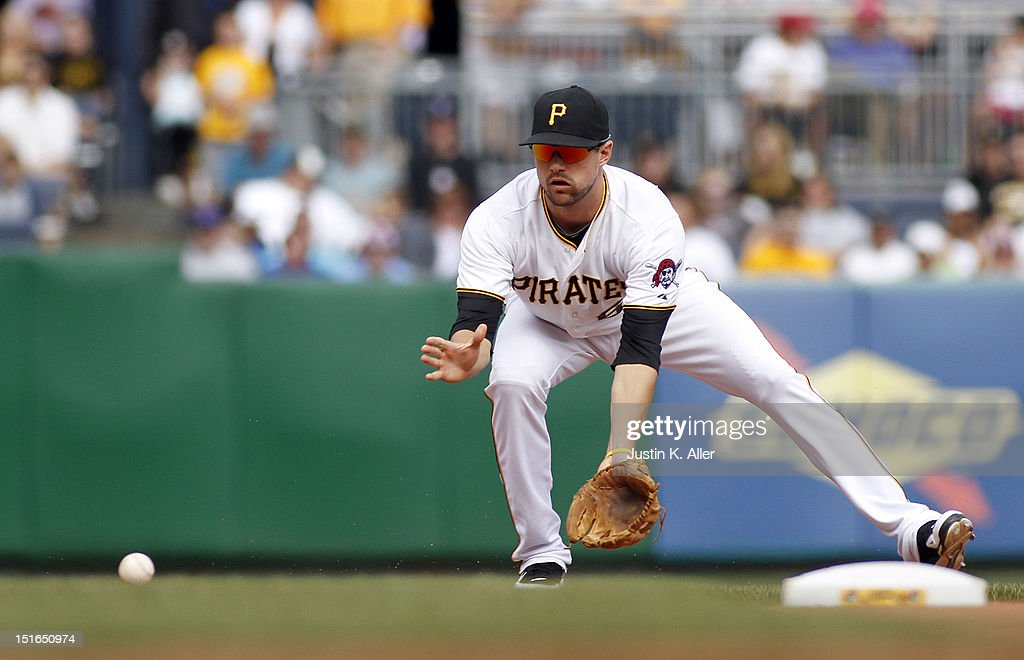 Jordy Mercer #69 of the Pittsburgh Pirates fields a ground ball against the Chicago Cubs during the game on September 9, 2012 at PNC Park in Pittsburgh, Pennsylvania.