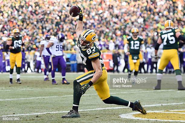 Jordy Nelson of the Green Bay Packers celebrates a touchdown during the first quarter of a game against the Minnesota Vikings at Lambeau Field on...