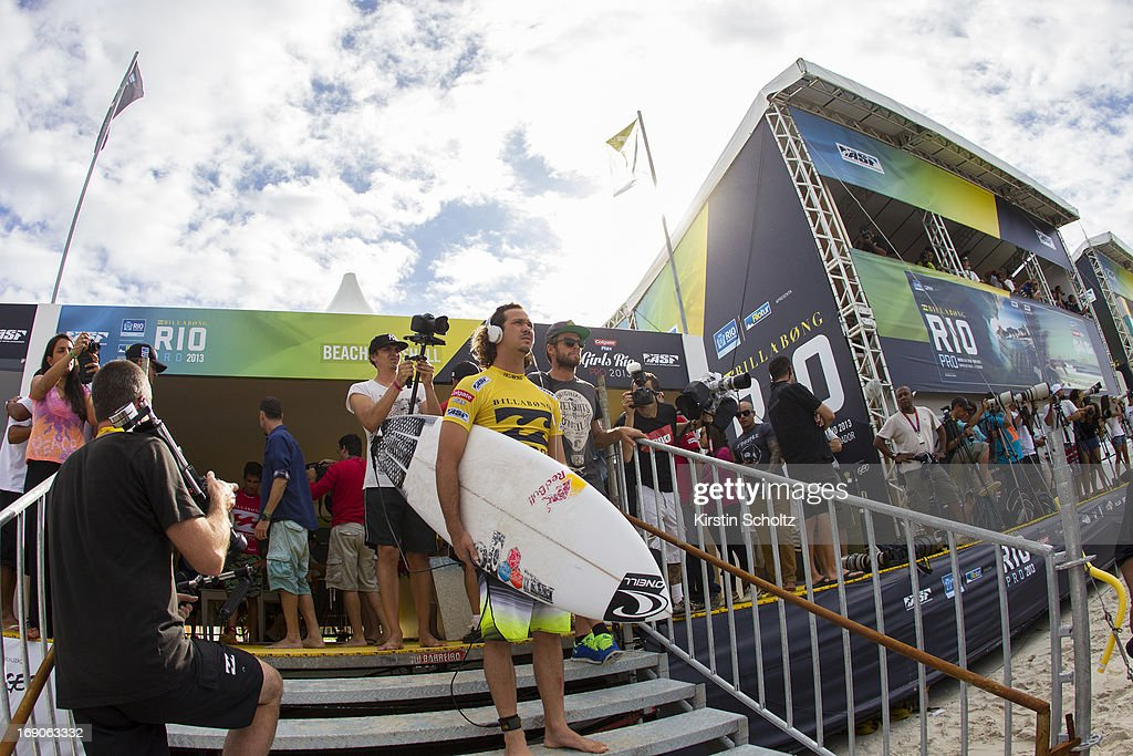 Jordy Smith of South Africa prepares for his heat at the Billabong Rio Pro on May 19, 2013 in Rio de Janeiro, Brazil.