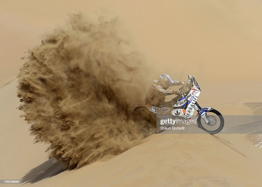 <a gi-track='captionPersonalityLinkClicked' href=/galleries/search?phrase=Jorge+Aguilar&family=editorial&specificpeople=857548 ng-click='$event.stopPropagation()'>Jorge Aguilar</a> of team KTM competes in stage 6 from Arica to Calama during the 2013 Dakar Rally on January 10, 2013 in Arica, Chile.