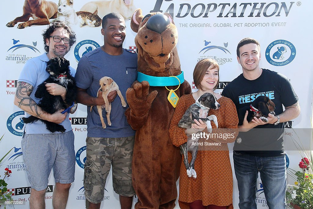 Jorge Bendersky, Brad Smith, Renee Felice Smith and Vinny Guadagnino attend the 19th Annual Pet Adoptathon at North Shore Animal League America on June 1, 2013 in Port Washington, New York.