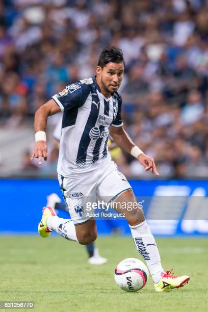 Jorge Benitez of Monterrey drives the ball during the 4th round match between Monterrey and Chivas as part of the Torneo Apertura 2017 Liga MX at...