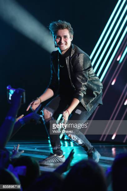 Jorge Blanco performs onstage during the Nickelodeon Kids' Choice Awards Mexico 2017 at Auditorio Nacional on August 19 2017 in Mexico City Mexico