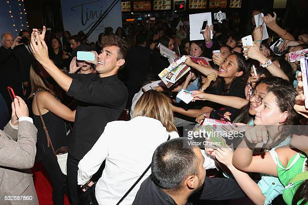 Jorge Blanco signs autographs and takes selfies with fans during the 'Tini El gran cambio de Violetta' Mexico City premiere at Cinepolis Plaza Carso...