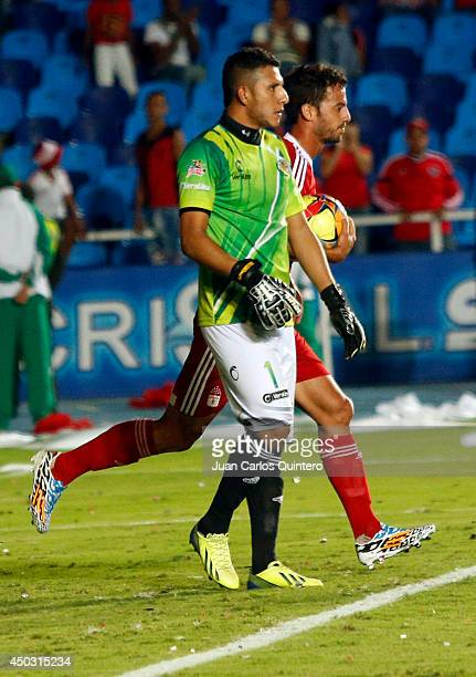 Jorge Brazalez of America de Cali celebrates the first goal of his team during a second leg final match between America de Cali and Jaguares as part...