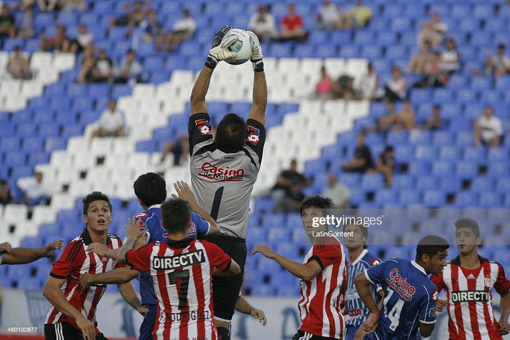 Jorge Carranza of Godoy catch the ball during a match between Godoy Cruz and Estudiantes as part of Torneo Inicial at Mundialista Stadium on November 16, 2013 in Mendoza, Argentina.