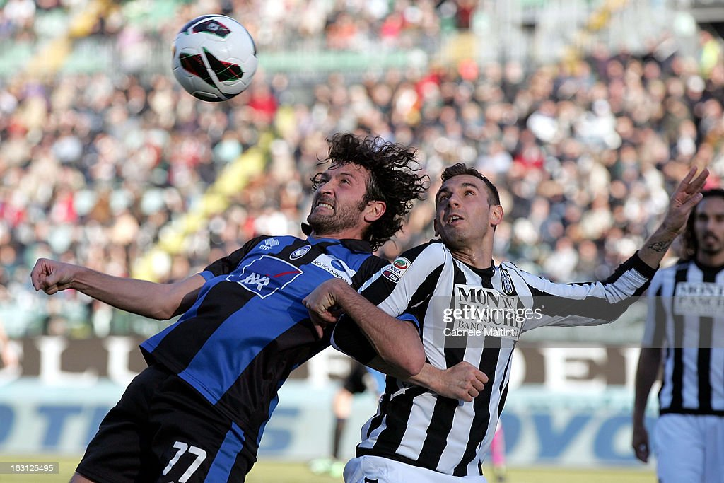 Jorge Filipe Avelino Teixeira (R) of AC Siena fights for the ball with Cristian Raimondi (L) of Atalanta BC during the Serie A match between AC Siena and Atalanta BC at Stadio Artemio Franchi on March 3, 2013 in Siena, Italy.