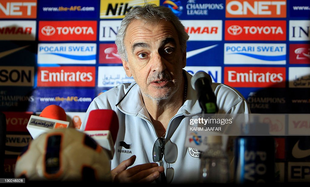 Jorge Fossati, Uruguayan coach of Qatar's Al-Sadd, speaks during a press conference in Doha on October 25, 2011 on the eve of his team's AFC Champions League match against South Korea's Suwon Samsung Bluewings.