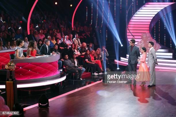 Jorge Gonzalez Motsi Mabuse Joachim Llambi Daniel Hartwich Susi Kentikian and Robert Beitsch during the 6th show of the tenth season of the...