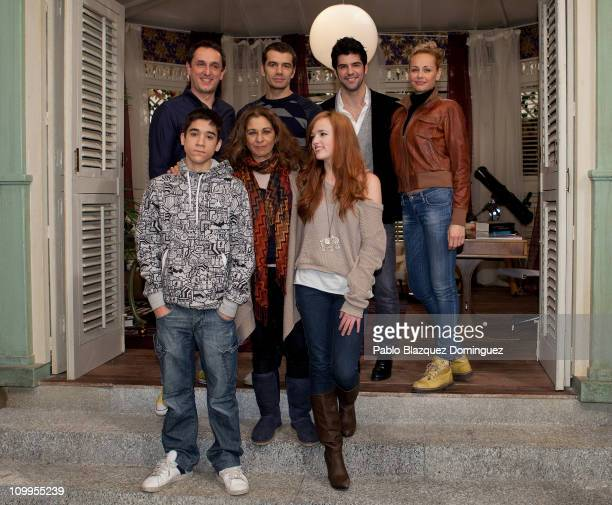 Jorge Jurado Lolita Flores Susana Abaitua Javier Tolosa Toni Canto Miguel Angel Munoz and Esther Arroyo attend a photocall for the new sitcom 'Vida...
