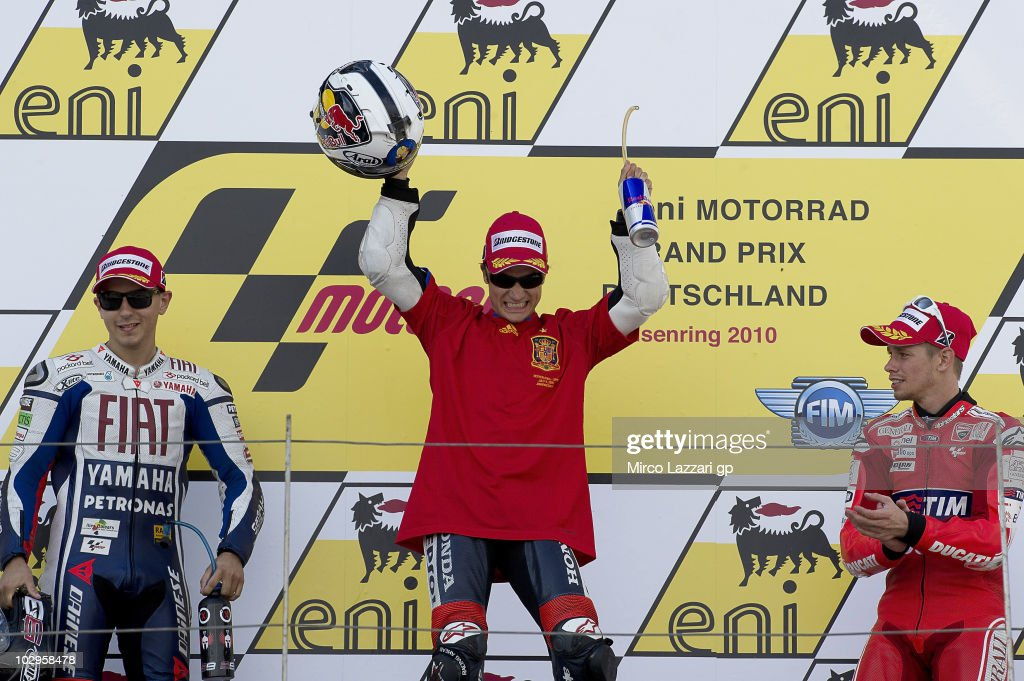 Jorge Lorenzo of Spain and Fiat Yamaha Team Dani Pedrosa of Spain and Repsol Honda Team and Casey Stoner of Australia and Ducati Marlboro Team...