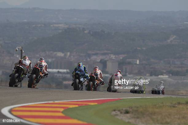Jorge Lorenzo of Spain and Movistar Yamaha MotoGP leads the field during the MotoGP race during the MotoGP of Spain Race at Motorland Aragon Circuit...