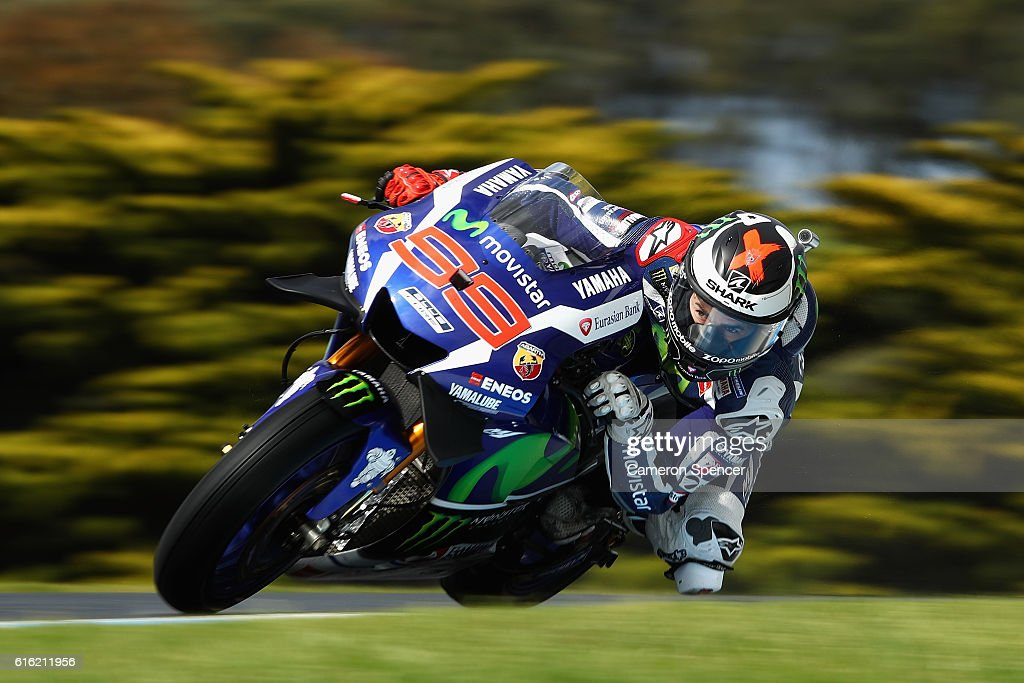 Jorge Lorenzo of Spain and Movistar Yamaha MotoGP rides during qualifying for the 2016 MotoGP of Australia at Phillip Island Grand Prix Circuit on October 22, 2016 in Phillip Island, Australia.