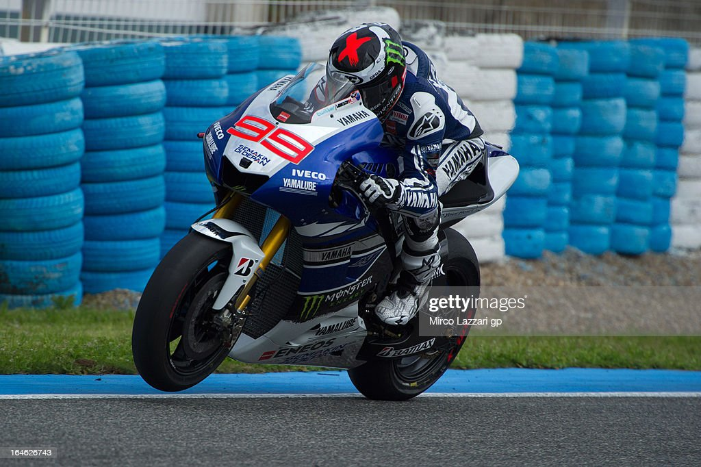 <a gi-track='captionPersonalityLinkClicked' href=/galleries/search?phrase=Jorge+Lorenzo&family=editorial&specificpeople=543869 ng-click='$event.stopPropagation()'>Jorge Lorenzo</a> of Spain and Yamaha Factory Racing heads down a straight during the MotoGP Tests In Jerez - Day 4 at Circuito de Jerez on March 25, 2013 in Jerez de la Frontera, Spain.