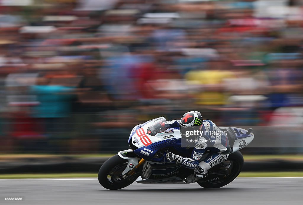 <a gi-track='captionPersonalityLinkClicked' href=/galleries/search?phrase=Jorge+Lorenzo&family=editorial&specificpeople=543869 ng-click='$event.stopPropagation()'>Jorge Lorenzo</a> of Spain rides the #99 Yamaha Factory Racing Yamaha during the Australian MotoGP race at Phillip Island Grand Prix Circuit on October 20, 2013 in Phillip Island, Australia.