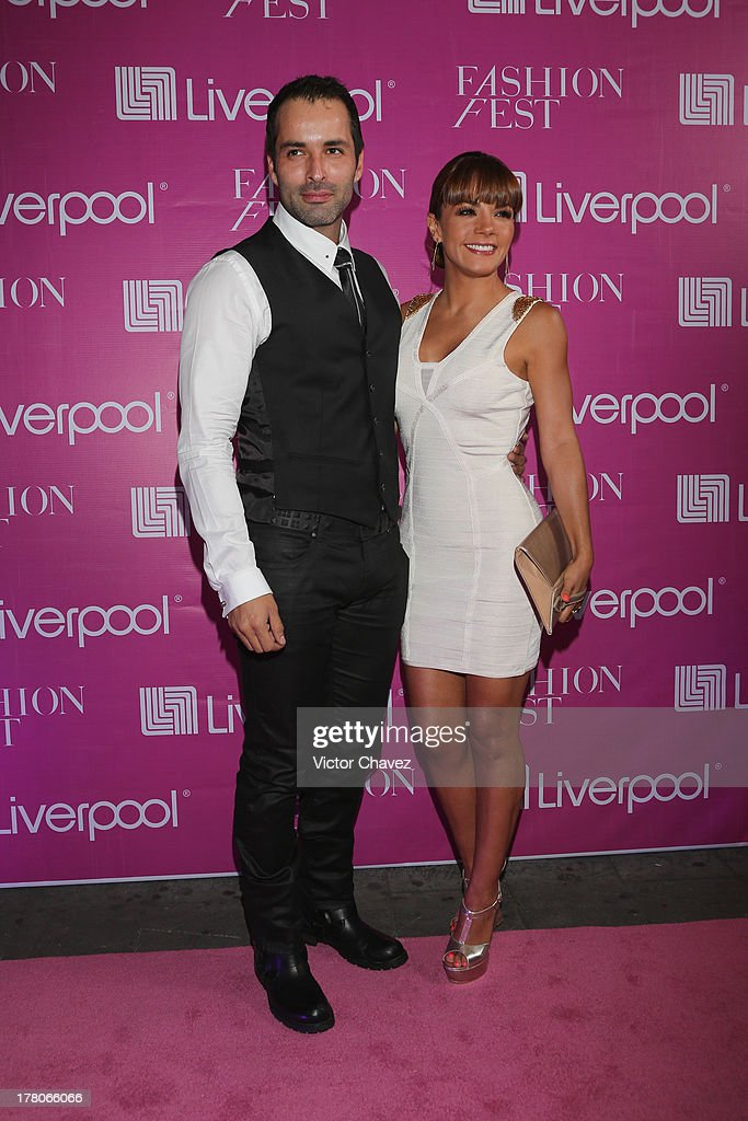 Jorge Luis Vazquez and Rossana Najera attend the Liverpool Fashion Fest Autumn/Winter 2013 at Club de Banqueros on August 22, 2013 in Mexico City, Mexico.