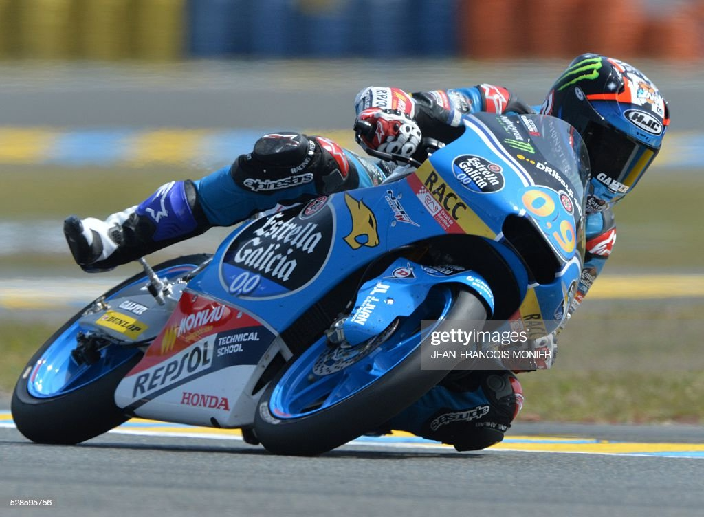 Jorge Navarro competes on his Honda Estrella Galicia 0,0 N��9 during a moto3 free practice session, ahead of the French motorcycling Grand Prix, on May 6, 2016 in Le Mans. / AFP / JEAN