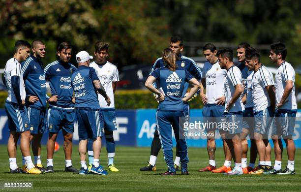 Jorge Sampaoli coach of Argentina gives instructions to his players during a training session at Argentine Football Association 'Julio Humberto...