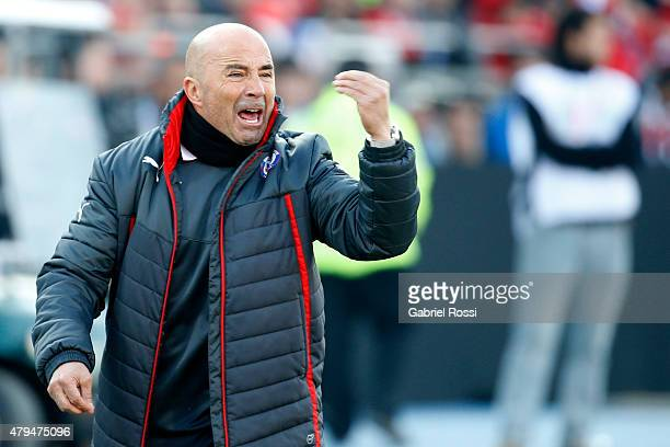Jorge Sampaoli coach of Chile appeals to referee during the 2015 Copa America Chile Final match between Chile and Argentina at Nacional Stadium on...