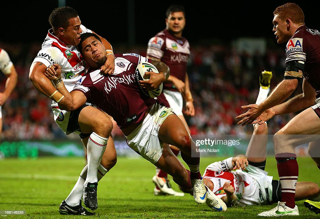 Jorge Taufua of the Eagles heads to the try line to score the winning try during the round eight NRL match between the St George Illawarra Dragons and the Manly Sea Eagles at WIN Jubilee Stadium on May 6, 2013 in Sydney, Australia.