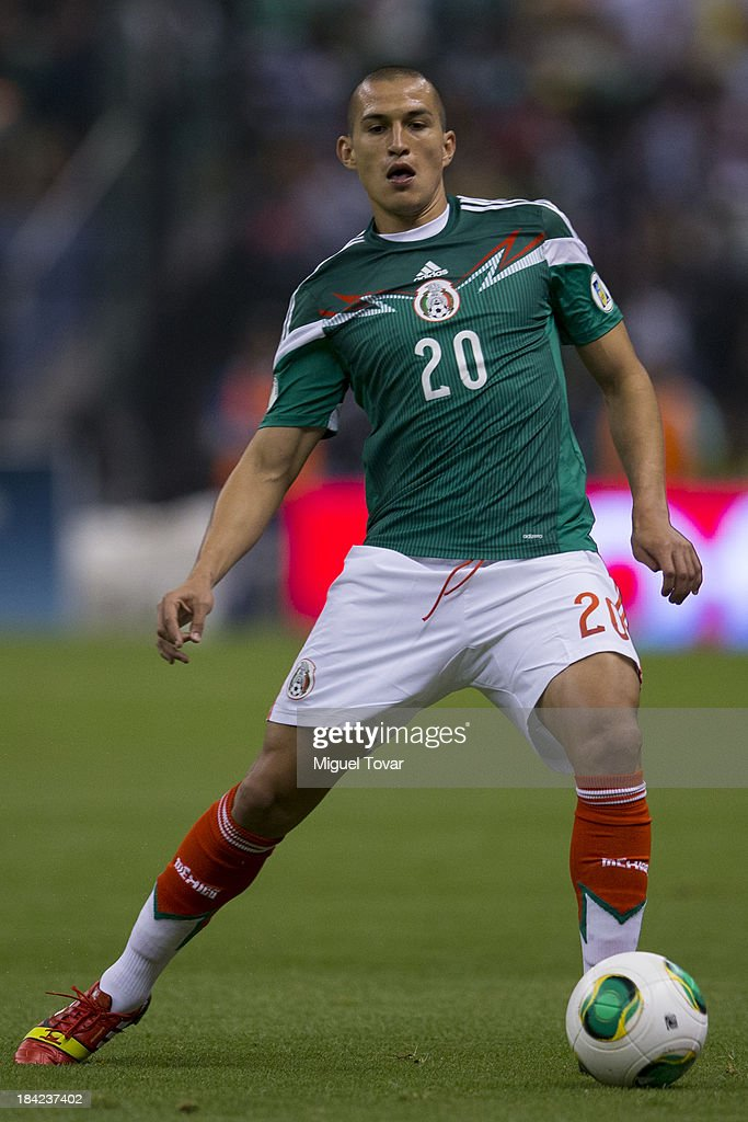 <a gi-track='captionPersonalityLinkClicked' href=/galleries/search?phrase=Jorge+Torres&family=editorial&specificpeople=540782 ng-click='$event.stopPropagation()'>Jorge Torres</a> of Mexico during a match between Mexico and Panama as part of the CONCACAF Qualifyers at Azteca stadium on October 11, 2013 in Mexico City, Mexico.