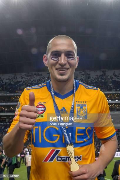 Jorge Torres of Tigres celebrates after winning the Torneo Apertura 2017 Liga MX final between Monterrey and Tigres UANL at BBVA Bancomer Stadium on...