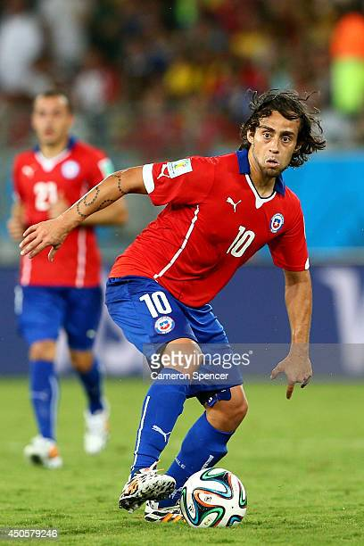 Jorge Valdivia of Chile controls the ball during the 2014 FIFA World Cup Brazil Group B match between Chile and Australia at Arena Pantanal on June...