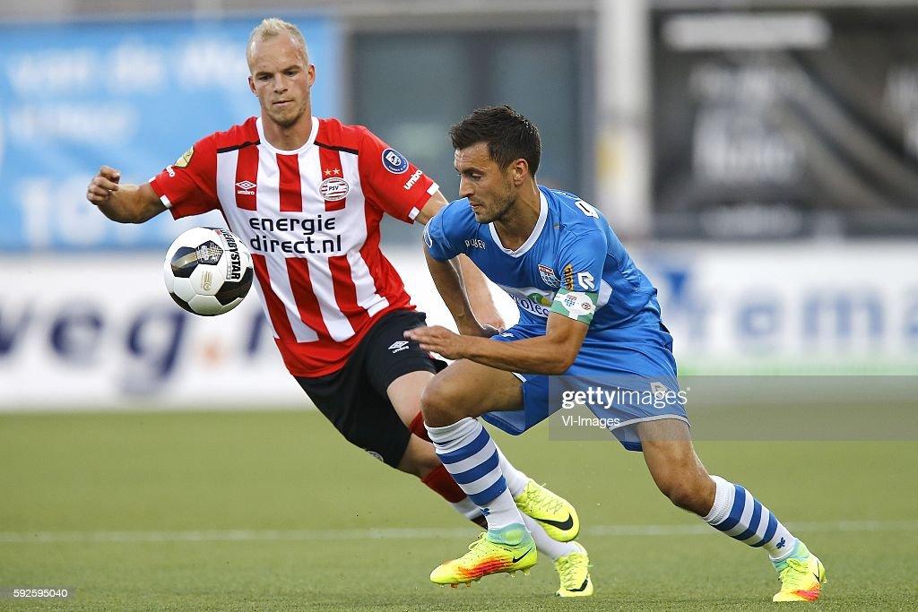 Jorrit Hendrix Bram van Polen during the Dutch Eredivisie match between PEC Zwolle and PSV at the MAC#179PARK stadion on august 20 2016 in Zwolle the...