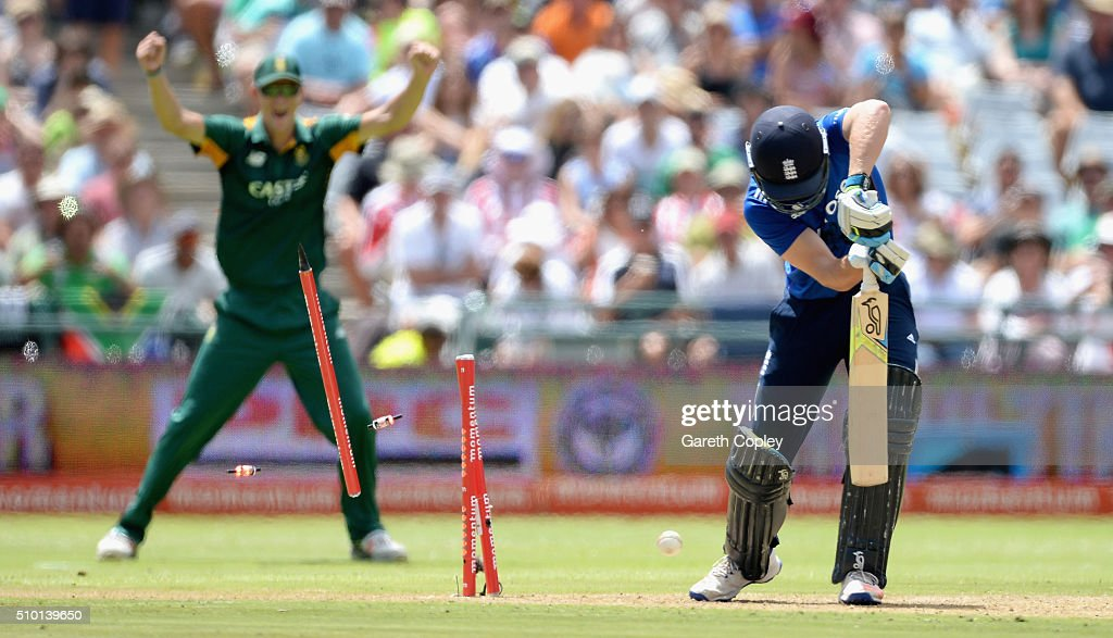 Jos Buttler of England is bowled by Kagiso Rabada of South Africa during the 5th Momentum ODI match between South Africa and England at Newlands Stadium on February 14, 2016 in Cape Town, South Africa.