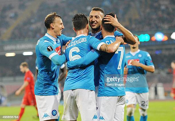 Josè Maria Callejon of Napoli celebrate by hise team mates after 50 scored during the UEFA Europa League Group D match between SSC Napoli and FC...